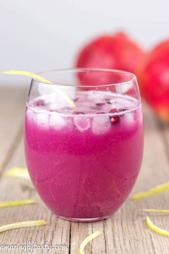 Detoxing with drinks is a great way to lose weight and give your system a break from unhealthy food. Here's our list of post-holiday cleansing drinks.