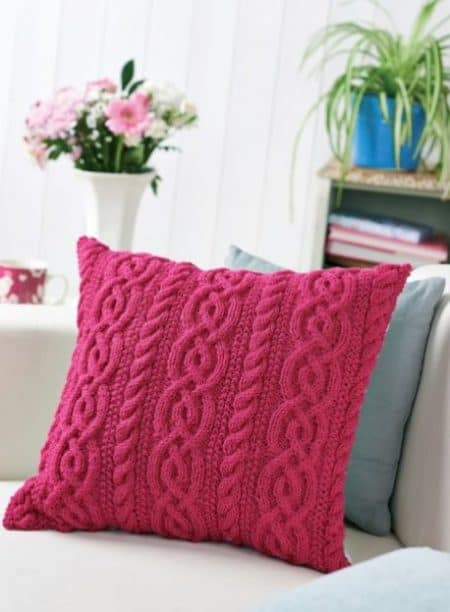 Brighten up your home with one of these 20 cute pillow patterns you can knit up this weekend - for every knitting skill level, taste and decor.