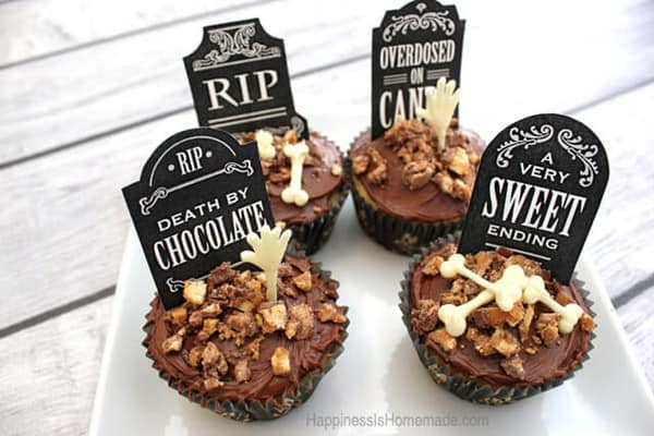 Graveyard Cupcakes - cupcake decorating ideas