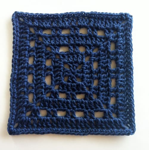 Skipping Square - easy crochet squares