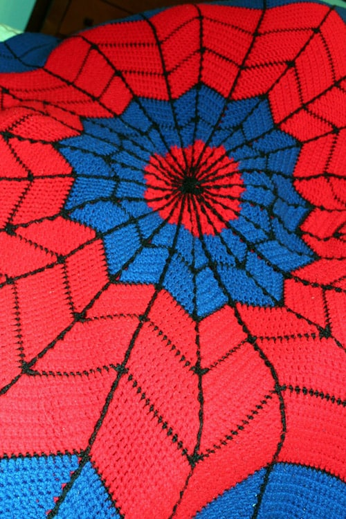 Spiderman - free crochet blanket patterns