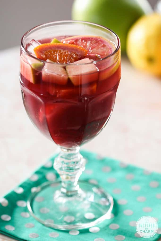 sangria-tinto. A party isn't a party without some crowd pleasing cocktails. Save your sanity at your next party by having a few of these make-ahead big batch cocktails mixed and ready to serve. Click here to check out these delicious big batch cocktail recipes now.