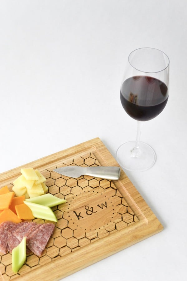 DIY Monogrammed Cutting Board - Are you struggling to figure out what to get your favorite newlyweds? Don't stress! We've got the perfect thoughtful DIY wedding gifts that every couple will love.