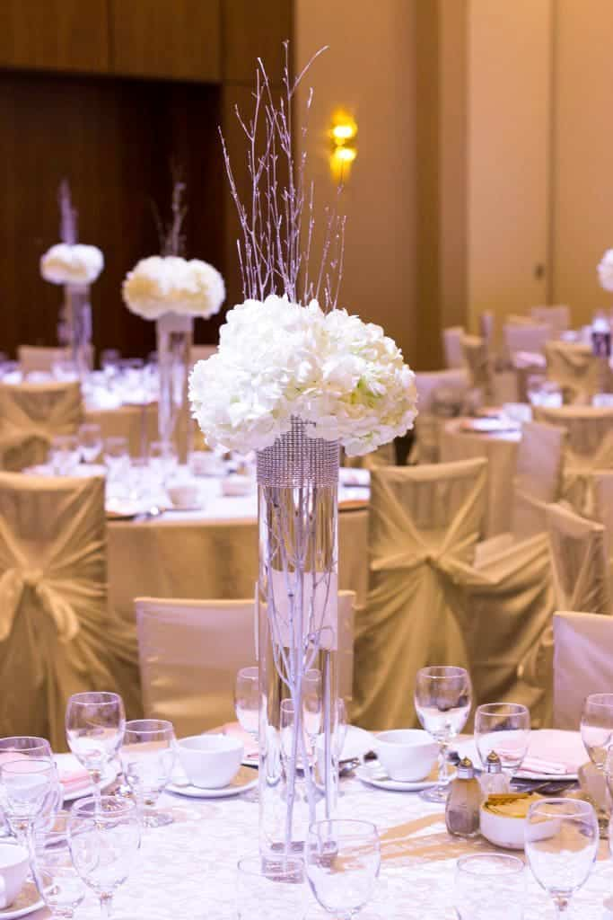 inexpensive wedding decorations centerpieces 25 stunning diy wedding centerpieces to make on a budget 5134