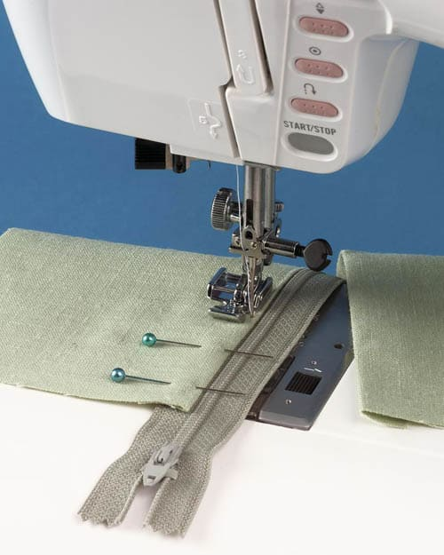 how to sew lapped zipper