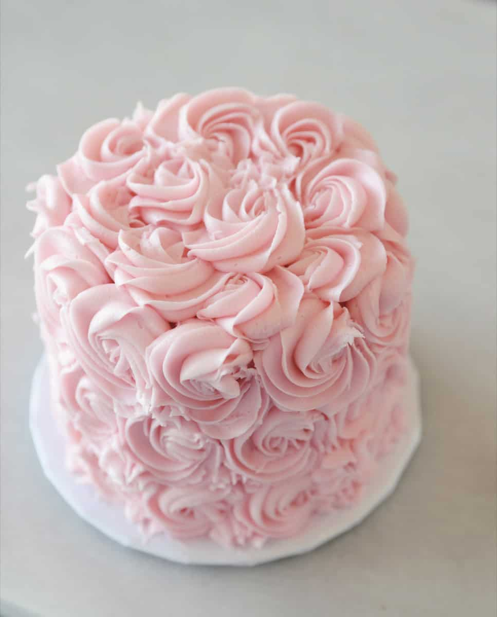 27 No-Fail Birthday Cake Decorating Ideas - Ideal Me