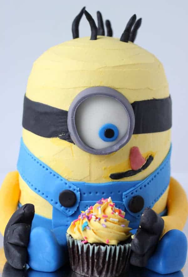 minion cake - kids birthday cake ideas