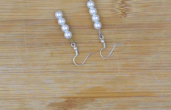 Basic Pair of Beaded Earrings - beginner jewelry projects