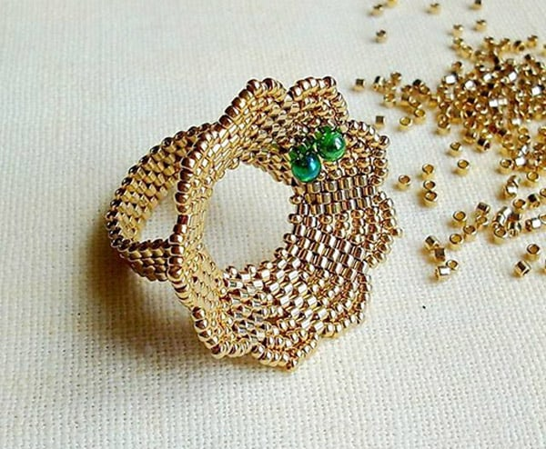 Beaded Flower Ring - jewelry ideas