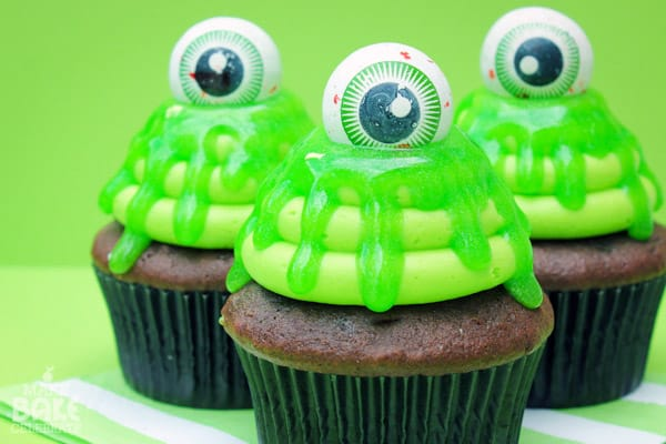 Slimy Cupcakes - cupcake decorating ideas