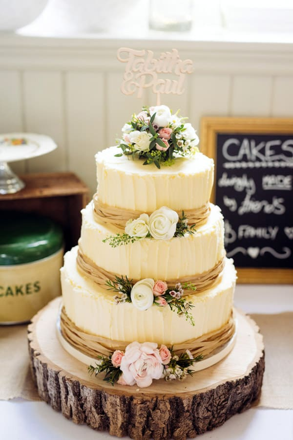Vintage Rustic Wedding Cake - wedding cake decorating ideas