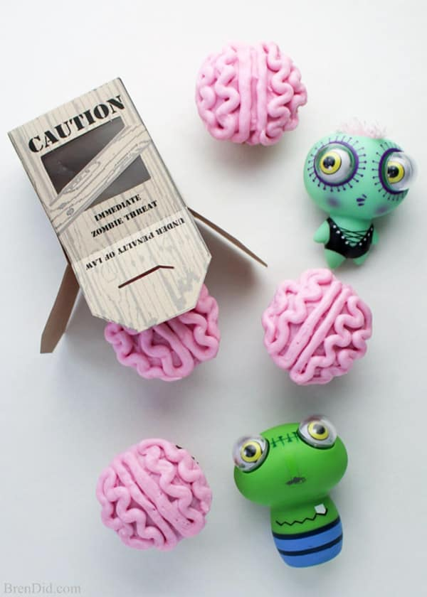 Zombie Brain Cupcakes - cupcake decorating ideas
