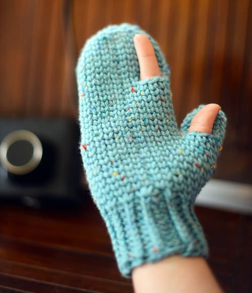 Photography - crochet mittens
