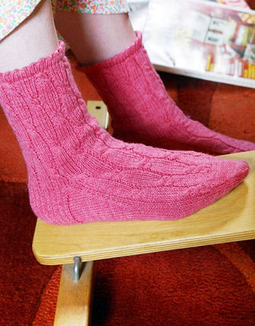 Summer Sox Cable Ribbon - sock knitting patterns