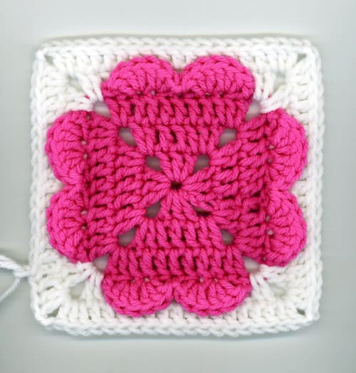 4-Hearts Square - easy crochet squares