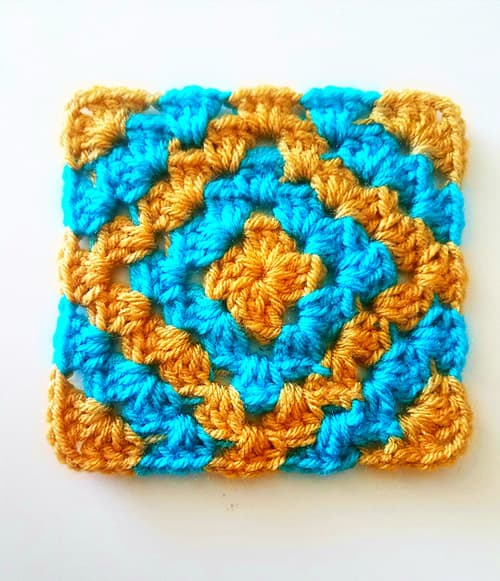 Boho Diamond - easy crochet squares