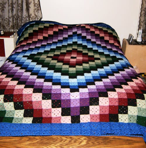 Around the World Quilt - crochet baby blanket