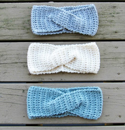 Twist Ear Warmer - quick crochet projects