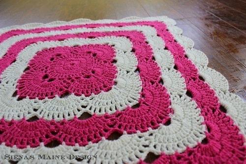 Virus Blanket - Whether it's an easy crochet blanket you're after or something more complex, these crochet blanket patterns have something for everyone. #crochetblanketpatterns #crochetpatterns #crochetblanket, #crochet #freecrochetpatterns