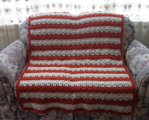 Coral Reef Shell Stitch Afghan - Crochet afghans are colorful and exciting and full of life. There's so much room for creativity in these crochet blanket patterns. #CrochetAfghans #CrochetPatterns #CrochetBlankets