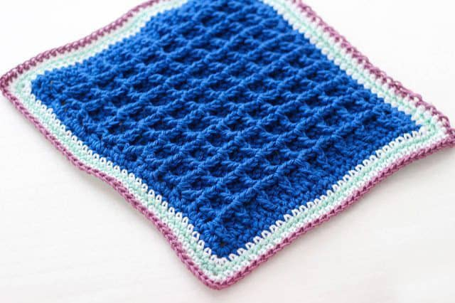 Betty's Bumpy Scrubby Dishcloth - These crochet dishcloth patterns are all free and are so different from each other. Test your creativity with one of these brilliant dishcloth patterns. #CrochetDishclothPatterns #CrochetPatterns #DishclothPatterns