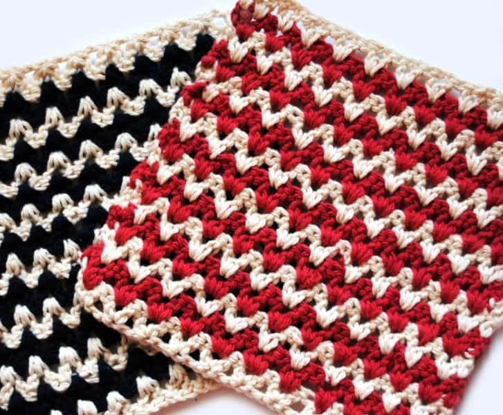 ZigZag Crochet Dishcloth - These crochet dishcloth patterns are all free and are so different from each other. Test your creativity with one of these brilliant dishcloth patterns. #CrochetDishclothPatterns #CrochetPatterns #DishclothPatterns