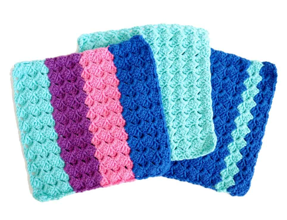 Tulip Textured Crochet Dishcloth - These crochet dishcloth patterns are all free and are so different from each other. Test your creativity with one of these brilliant dishcloth patterns. #CrochetDishclothPatterns #CrochetPatterns #DishclothPatterns