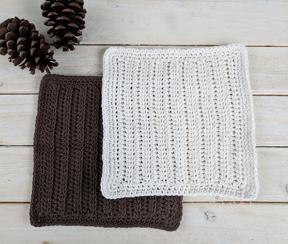 Woodland Cottage Dishcloth - These crochet dishcloth patterns are all free and are so different from each other. Test your creativity with one of these brilliant dishcloth patterns. #CrochetDishclothPatterns #CrochetPatterns #DishclothPatterns