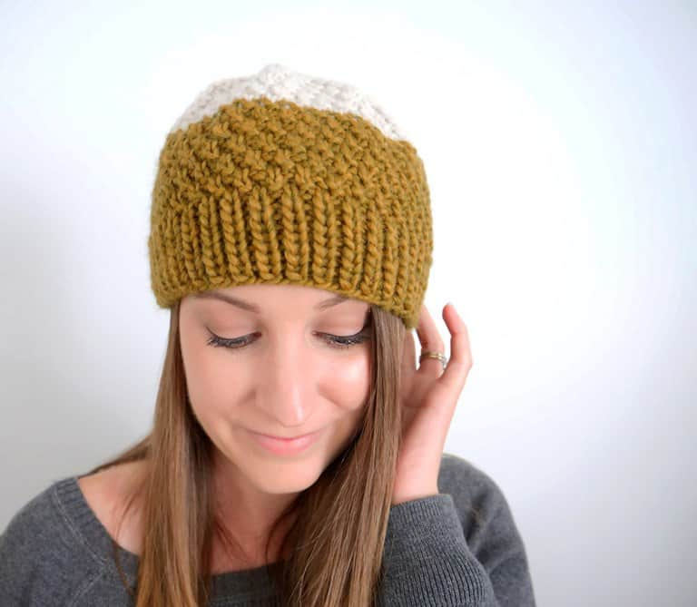 Easy Double Moss Stitch Hat - These 23 easy knitting patterns for hats are a perfect starting place for beginners, and they're fun to do for even seasoned knitters. #knittingpatterns #knithatpatterns