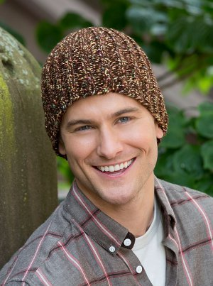 Easy Fitted Hat - These 23 easy knitting patterns for hats are a perfect starting place for beginners, and they're fun to do for even seasoned knitters. #knittingpatterns #knithatpatterns