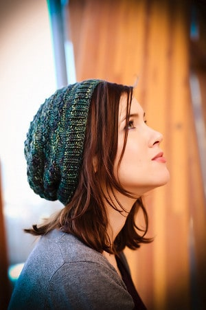 Fairy Lights Hat - These 23 easy knitting patterns for hats are a perfect starting place for beginners, and they're fun to do for even seasoned knitters. #knittingpatterns #knithatpatterns