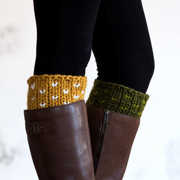Boot Cuff Knitting Pattern - Explore these 11 free Fair Isle holiday knit patterns that will turn your knit projects from ordinary to holiday ready! #fairisleknit #holidayknits